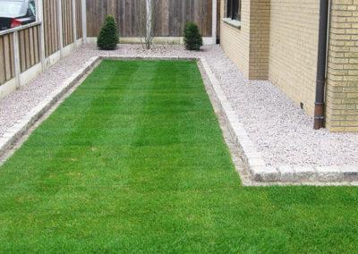 Gartenumgestaltung Rollrasen