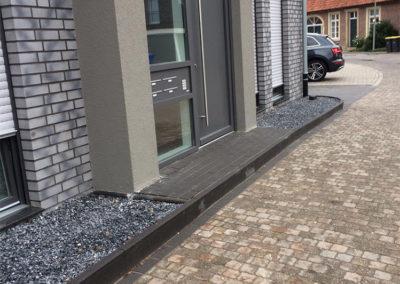 Terrasse Haustür Vorstufe Pflastersteine